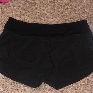 Black Lululemon speed up 2.5 shorts